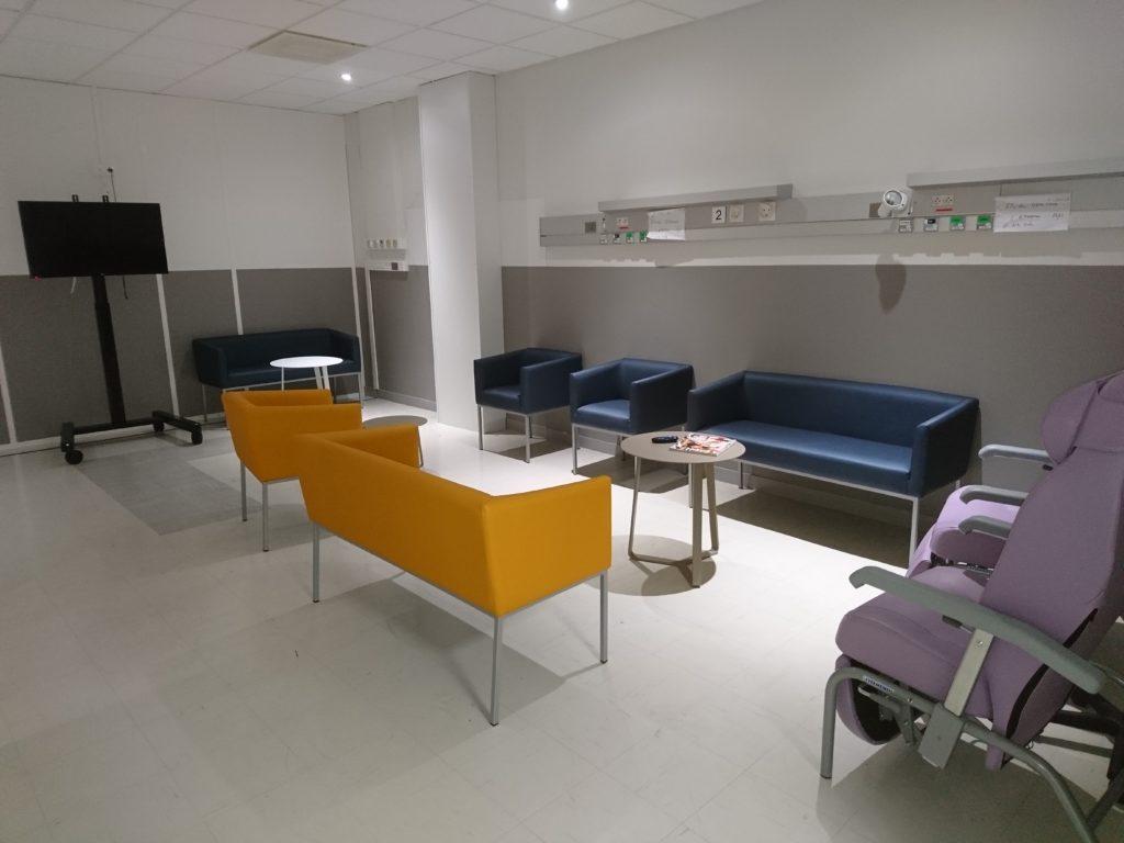 salon d'attente avant bloc opératoire